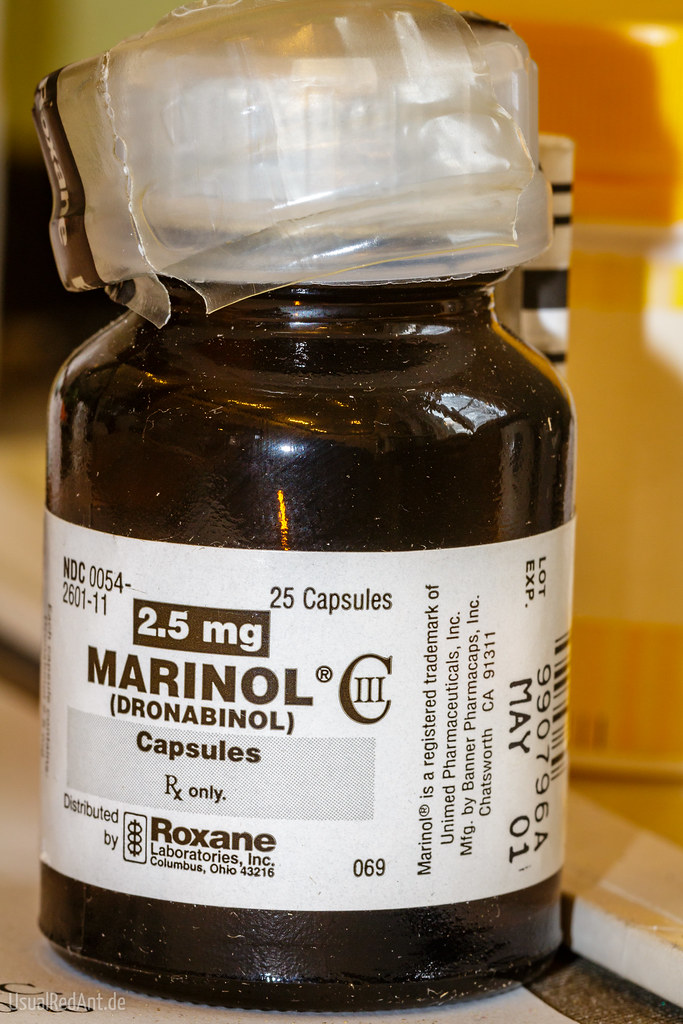 Photo of Marinol capules bottle.